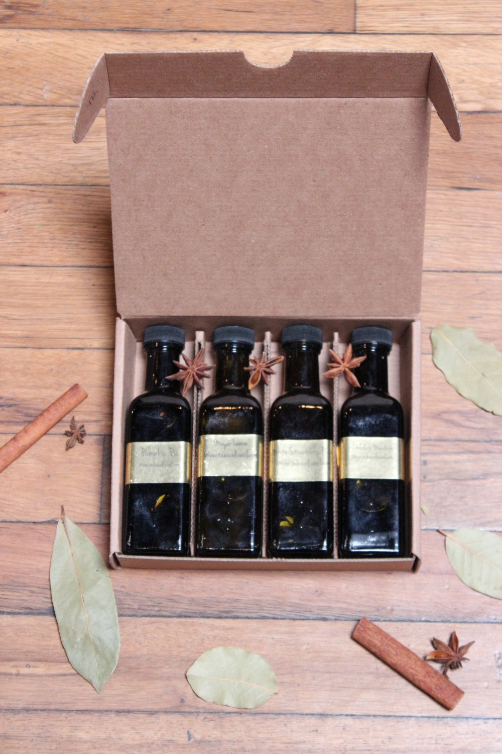 Gift Box III - Fits 4 100mL Bottles